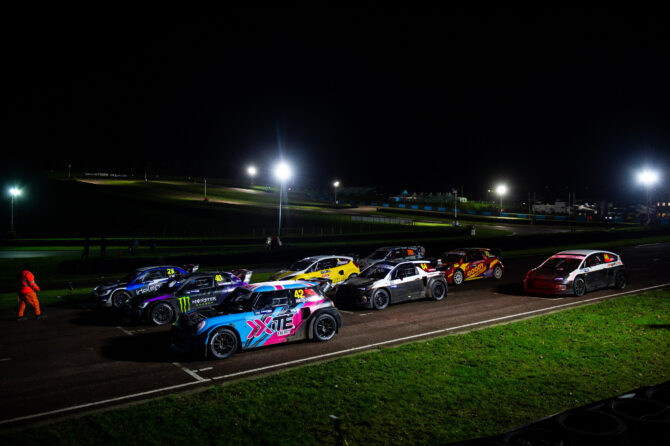 Racing in darkness returns to Lydden Hill